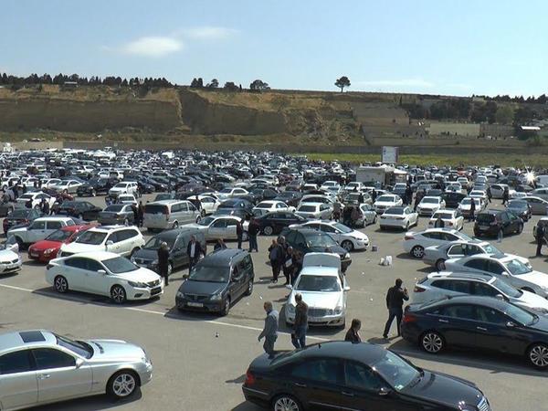 """&quot;Avtomobil bazarında ən çox satılan avtomobillərə indi maraq yoxdur&quot; - <span class=""""color_red"""">Ekspert</span>"""