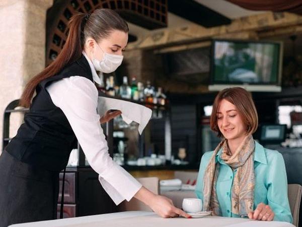 """İnsanların restoranlara, iş yerlərinə QR kod vasitəsilə buraxılması təklif olunur - """"E-Təbib"""""""