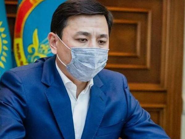 Qazaxıstan da karantin rejimini uzadır