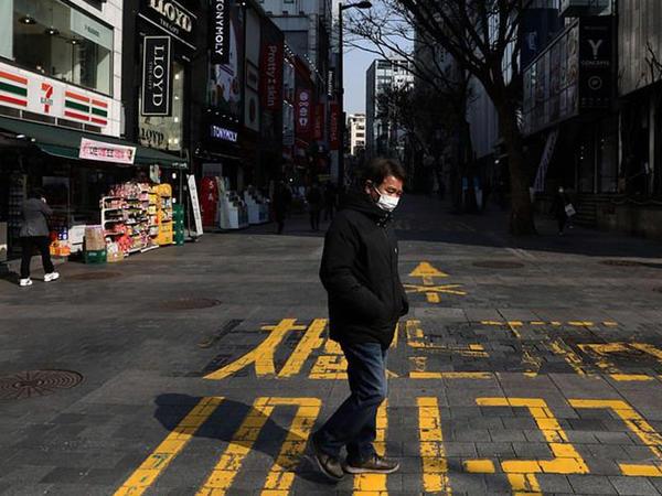 ABŞ-da son sutkada koronavirusa yoluxanların sayı 63 min nəfəri ötüb
