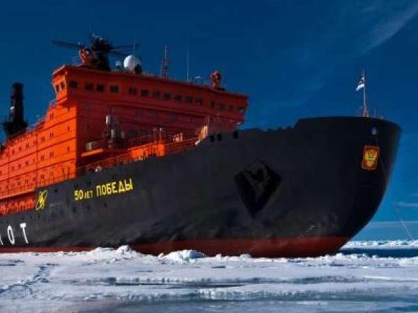 Çar Rusiyası dövründə ilk buzqıran gəmi necə inşa olunub?