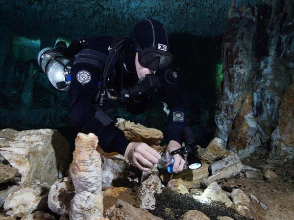 Sualtı mağaralarda qədim sivilizasiya aid texnologiya tapılıb