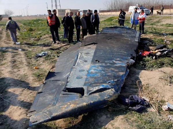 """İran: Ukrayna təyyarəsinin qəzasına """"insan səhvi"""" səbəb olub"""