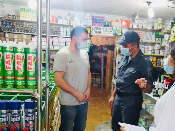 Bakı polisi: Qapalı məkanlarda tibbi maskalardan istifadə etməyən şəxslər cərimələnirlər - FOTO