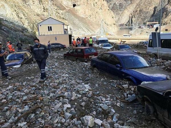 Türkiyədə sel dörd nəfərin həyatına son qoyub