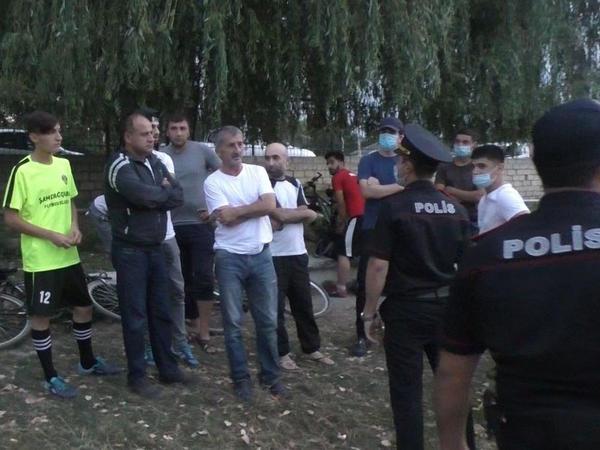 Karantin rejimini pozub futbol oynayanlar cərimələndilər - FOTO