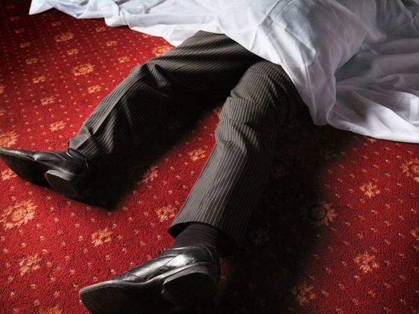 45 yaşlı kişi evində ölü tapılıb