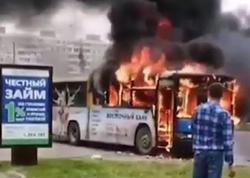 Sərnişin dolu avtobus yandı - FOTO