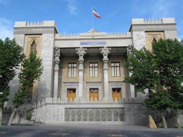 İran XİN: İran Azərbaycan və Ermənistan arasında vasitəçiliyə hazırdır