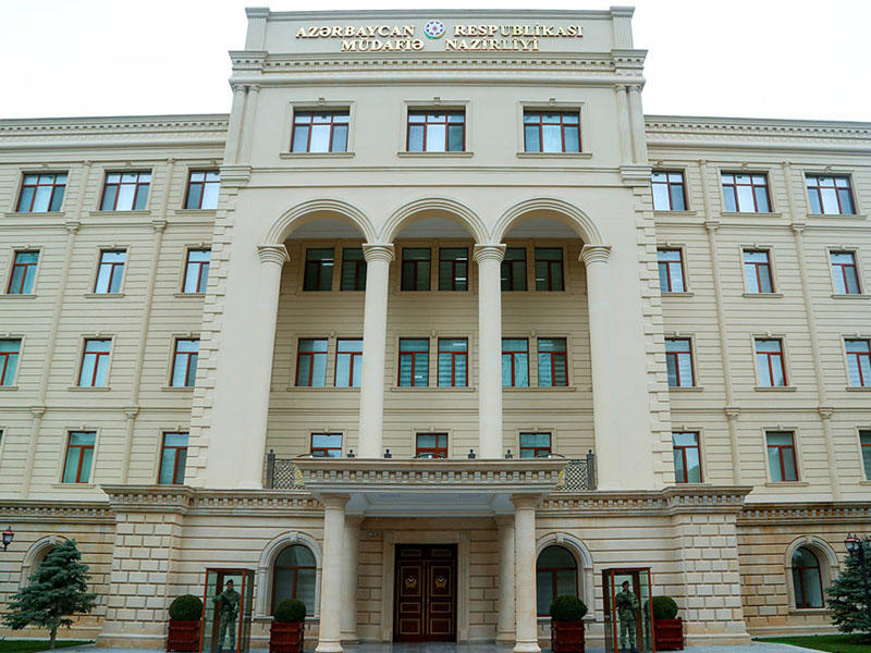 Azərbaycana məxsus hərbi təyyarə vurulmayıb - MN