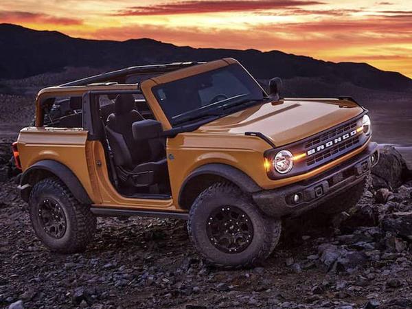 Yeni Ford Bronco modeli debüt edib - FOTO