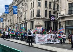 Ermənistanın son təxribatları ilə bağlı Londonda dinc aksiya və yürüş keçirilib - FOTO