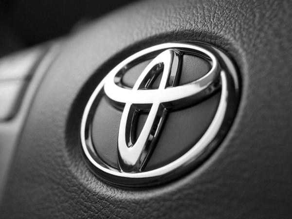 Toyota beynəlxalq avtomobil satışları üzrə lider oldu