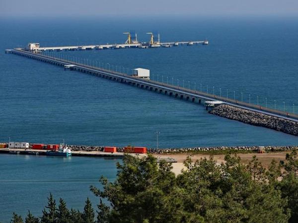"""Belarusa Azərbaycan neftini daşıyan növbəti tanker <span class=""""color_red"""">Supsa limanından yola düşüb</span>"""