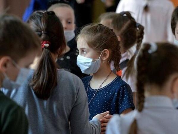 Roşal: Koronavirus bioloji savaşdan öncəki məşqdir