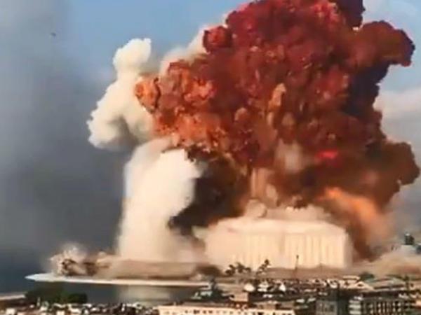 """Beyrutda baş verən güclü partlayış nəticəsində 30 nəfər ölüb - <span class=""""color_red"""">YENİLƏNİB - VİDEO</span>"""