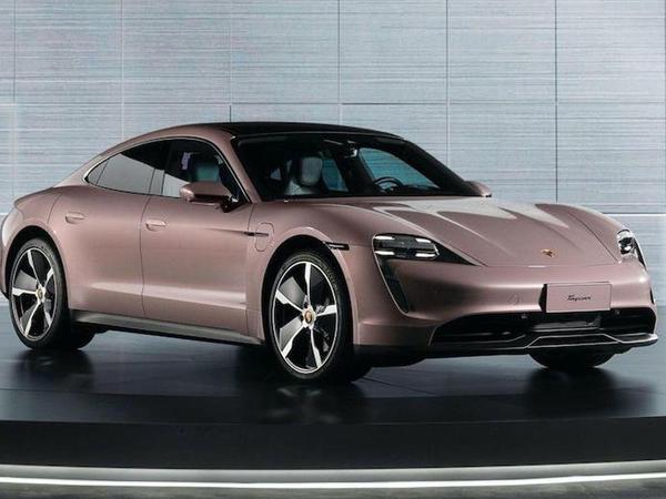 Porsche Taycan ondan gözlənilən satışları nümayiş etdirə bilməyib - FOTO