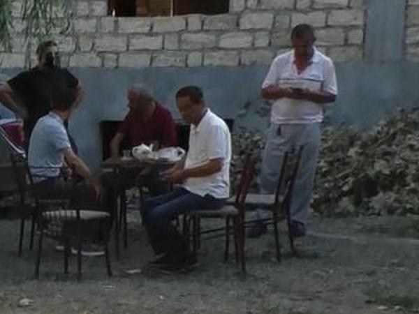 Gəncədə fəaliyyət göstərən çayxanalar aşkarlandı - FOTO