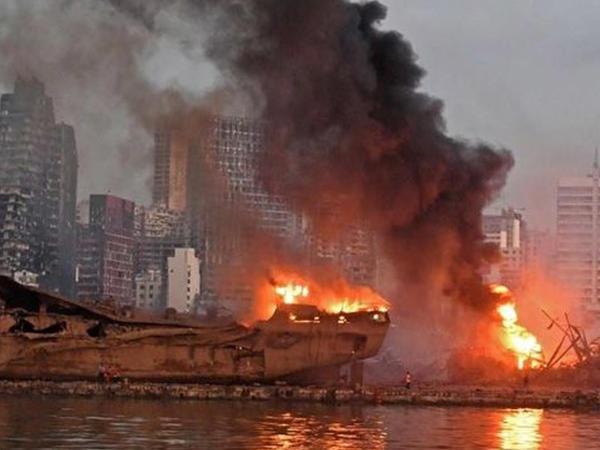 """Beyrutda yükü partlayan gəminin kapitanı: """"Sənəddə gübrə daşındığı yazılmışdı"""""""