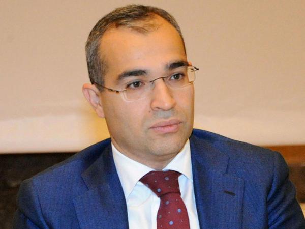 Mikayıl Cabbarov: Yeni proqram çərçivəsində banklar tərəfindən 12,5 milyon manatdan çox kreditlər ayrılıb