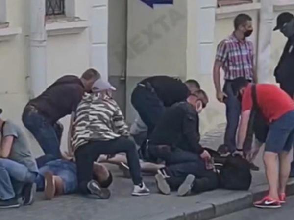 Minskdə gərginlik artır - rusiyalı jurnalistlər həbs olundu, Tixanovskaya üzə çıxdı - FOTO