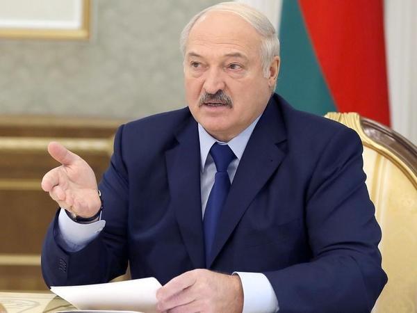 İlkin nəticələrə görə Lukaşenko səslərin 80,23 faizini toplayıb - Arzu Nağıyev