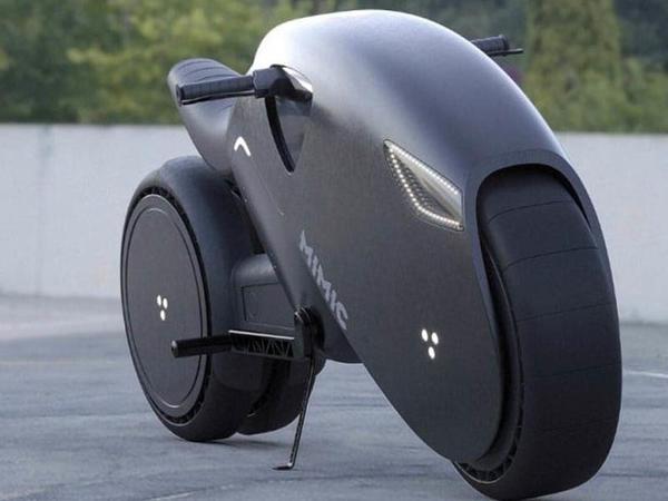 MİMİC-in animasiyalardan çıxmış kimi görünən elektrik motosikleti