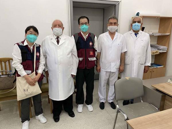 Çindən gələn tibb ekspertləri Respublika Klinik Xəstəxanasında olublar - FOTO