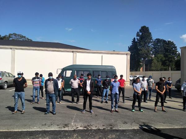 Karantin qaydalarını pozan sürücü və 27 sərnişin saxlanıldı - FOTO