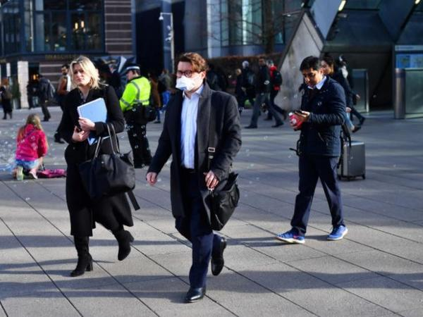 Böyük Britaniyada 730 min insan işsiz qalıb