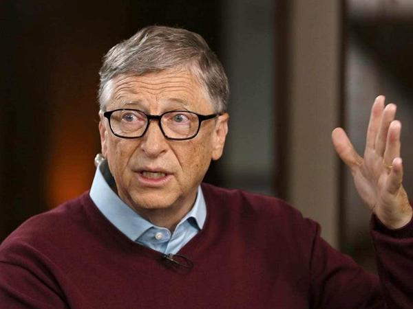 Bill Gates, koronavirusla bağlı yeni proqnozunu verib