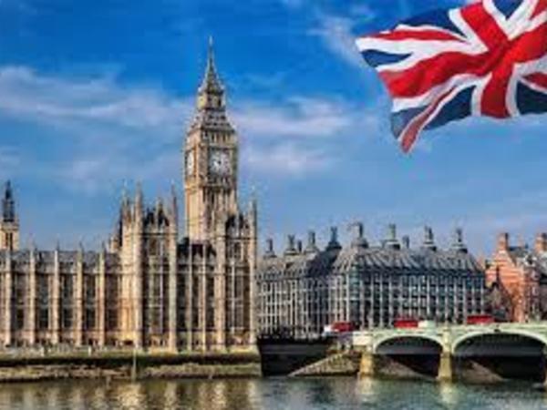 Britaniya Fransa, Hollandiya və Monakodan ölkəyə gələnlərə yenidən karantin tətbiq edəcək