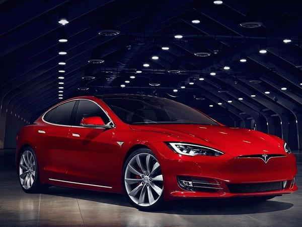 Tesla şirkəti yeni elektromobilin yaradılmasına hazırlaşır