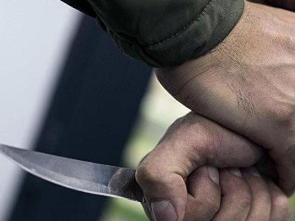 Bakıda qonşular arasında davada bir nəfər bıçaqlanıb