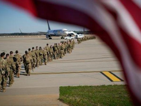 ABŞ Polşada qoşunlarının sayını artırır