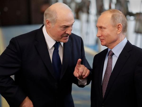 Lukaşenko ilə Putin Belarusdakı vəziyyəti müzakirə etdilər