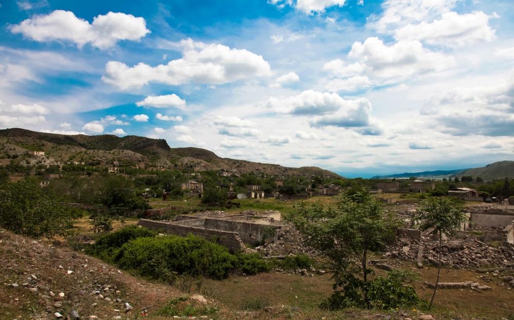 Qubadlı rayonunun Ermənistan silahlı qüvvələri tərəfindən işğal olunmasından 27 il ötür.
