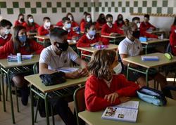 İspaniya yeni tədris ilinin başlanmasına koronavirusa yoluxmanın ikinci dalğasının ən böyük artımı ilə yaxınlaşır