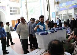 İranda parlament seçkilərinin ikinci turu başlayıb