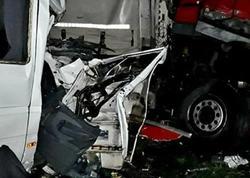 Ukraynada bir avtobus, iki yük maşını və minik avtomobili toqquşdu: 5 ölü, 20 yaralı var - FOTO