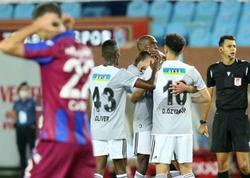 """""""Trabzonspor"""" - """"Beşiktaş"""" oyununda 4 qol vuruldu"""