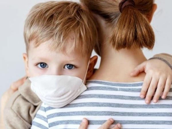 İnfeksionistdən: Maska kiçik yaşlı uşaqlara xeyirdən çox ziyan vura bilər...