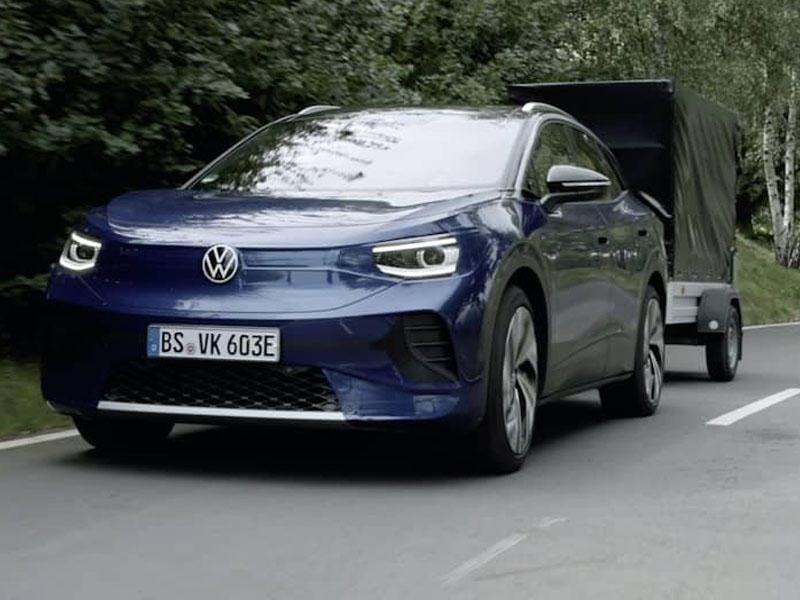 Volkswagen ID.4 modelinin yolsuzluq bacarıqlarını nümayiş etdirib - VİDEO