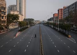 Çin sərhədyanı şəhəri karantinə bağladı