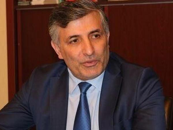 Elman Paşayev vəkil statusundan məhrum edildi