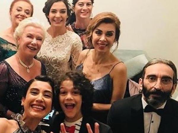 """""""İstanbullu gəlin""""in məşhur aktyoru bu sirrini illər sonra AÇDI"""
