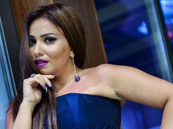"""Azərbaycanlı aparıcı gözəllik salonunda müştəri ilə dava edib, <span class=""""color_red"""">onu qovdu - İDDİA - FOTO</span>"""
