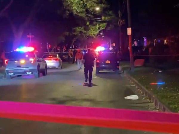 """ABŞ-da silahlı insident: <span class=""""color_red"""">2 nəfər ölüb, 14 nəfər yaralanıb</span>"""