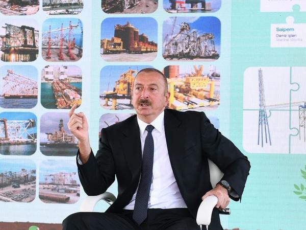 """Prezident İlham Əliyev: """"Neftçilərimizin əməyi Azərbaycan xalqının maraqlarına xidmət edir"""""""