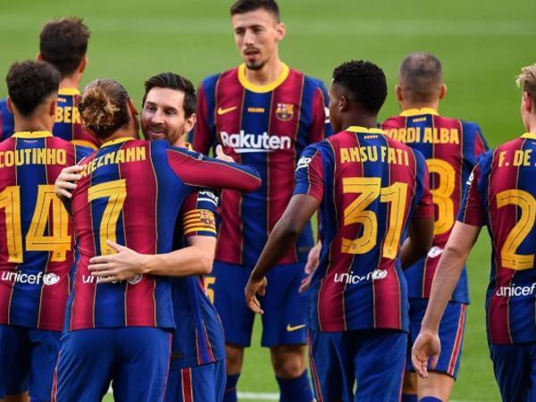 """""""Barcelona"""" mövsümə titulla start verdi"""